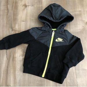 VGUC Nike tech 12m jacket kids
